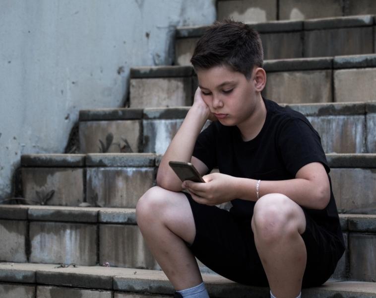 Káros a közösségi média a tinédzserek mentális egészségére